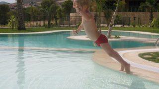 zwembadkind